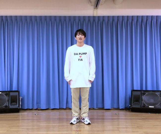 """KENZOのダンス解説"""